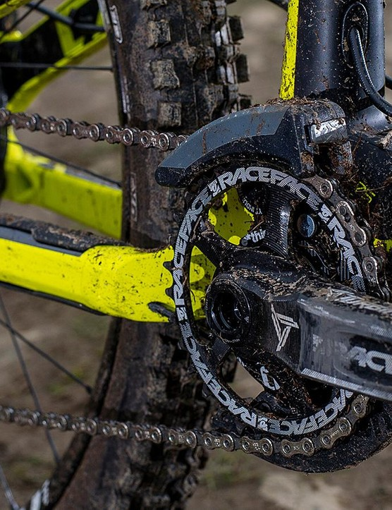 Race Face provides the Turbine cranks, with e*thirteen adding the chain guide