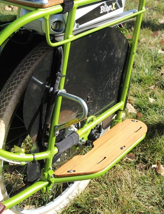 The el Boda Boda can be configured as a kid hauler, a stuff hauler, or both