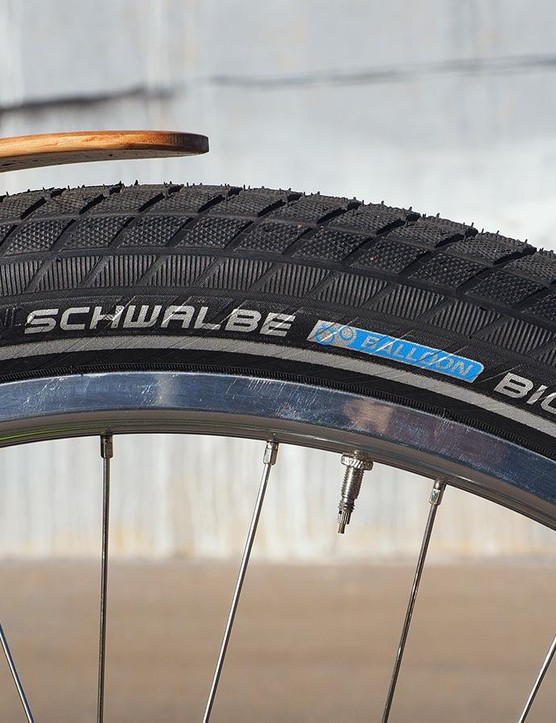 The Schwalbe Big Ben tyres feature double puncture protection belts and a thick tread cap. Whatever does get through will hopefully be handled by the Stan's NoTubes sealant inside the casing