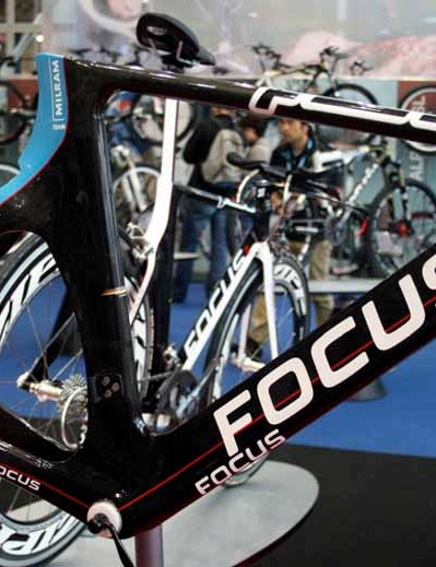 The Focus Izalco Chrono	in Team Milram livery - a bit cheeky as Colnago still has almost four months left in its deal with the German team.