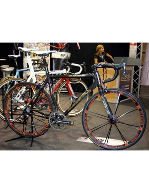 The Museeuw MF-1 still tops the Belgian legend's range but now uses more flax for 2009.