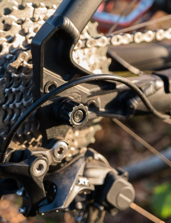 Interchangeable DMR Swopout dropouts allow plenty of axle choice, including singlespeed