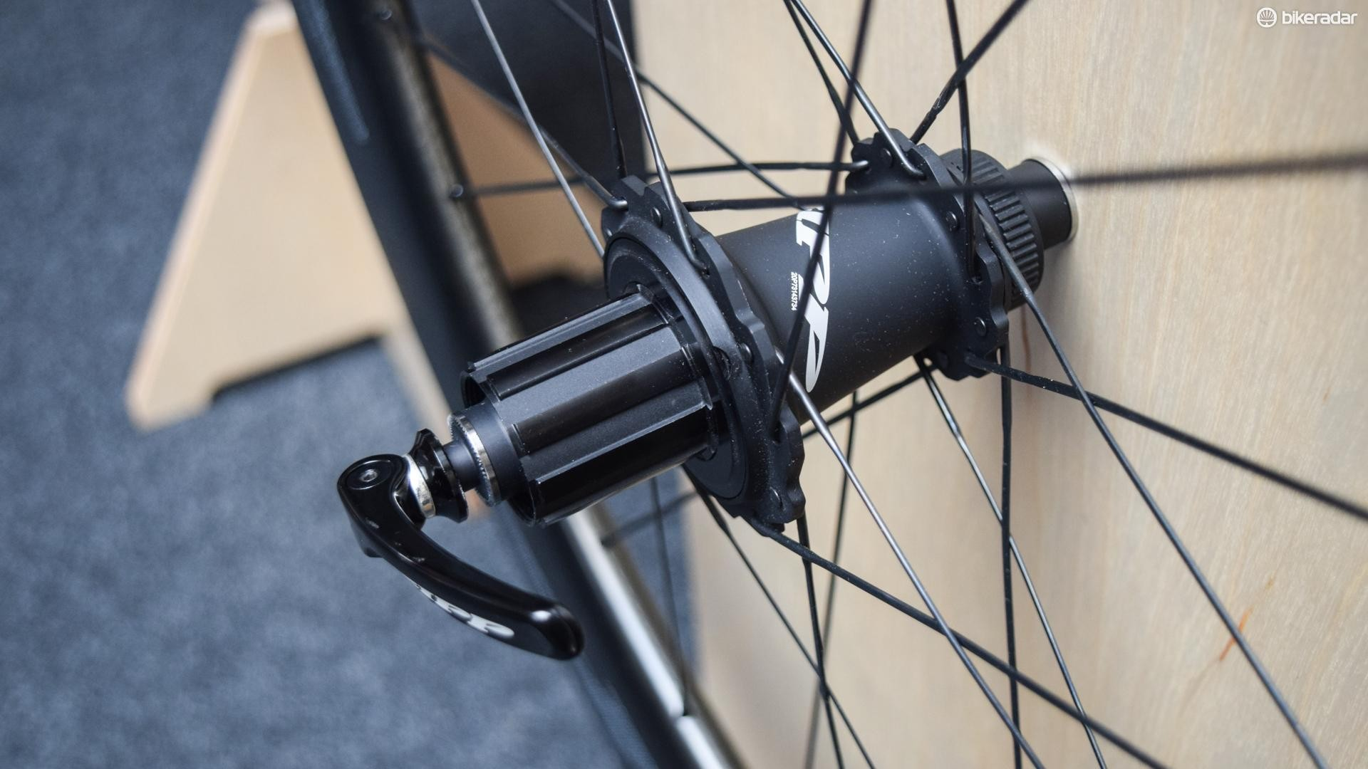 The NSW models get Zipp's latest and greatest Cognition hubs