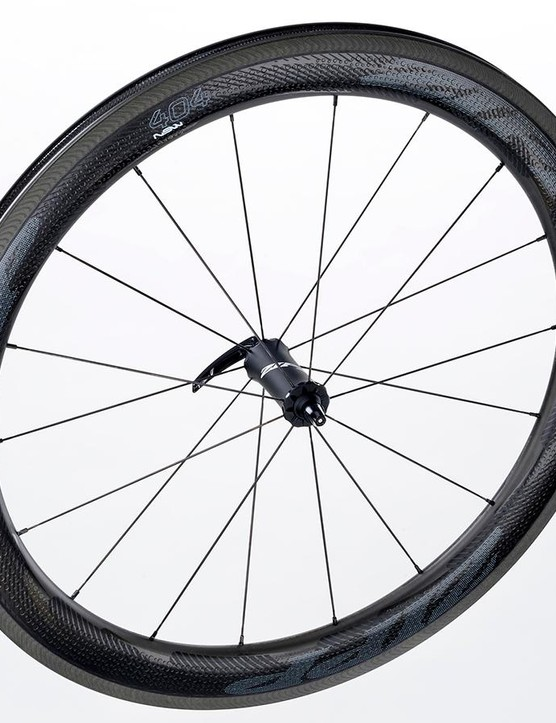 The new 404's dimpled rim has been redesigned to improve crosswind stability
