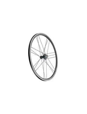 The rear hub gets Campag's Mega G3 spoke pattern, which sees a slightly larger flange which the brand say offers more balanced spoke tension and less stress on the driveside spokes