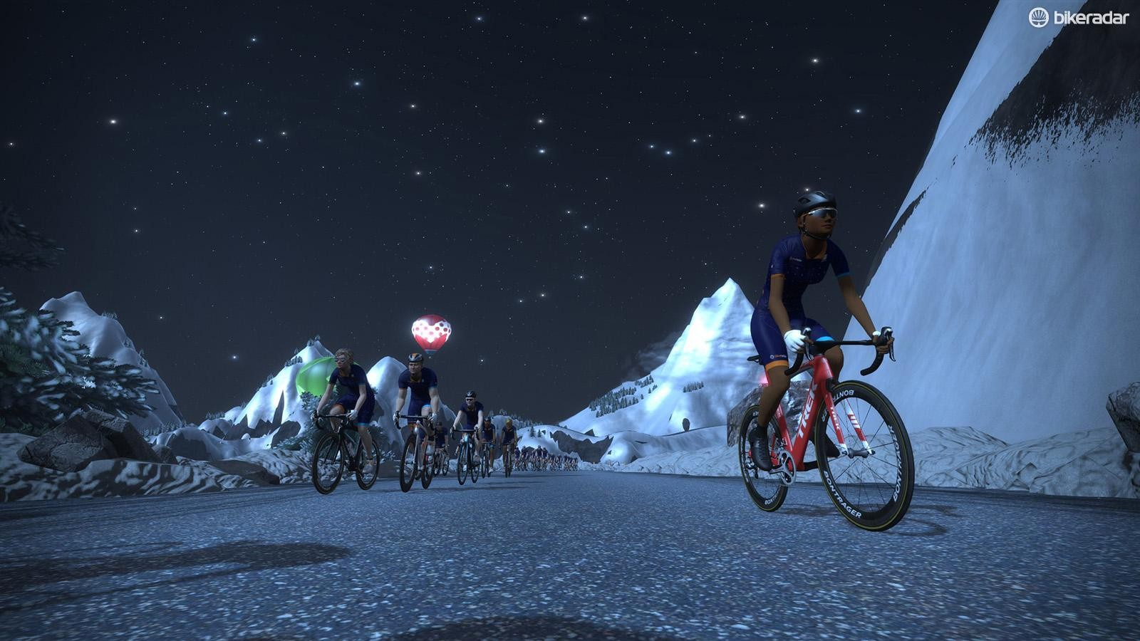 A group ride in Watopia