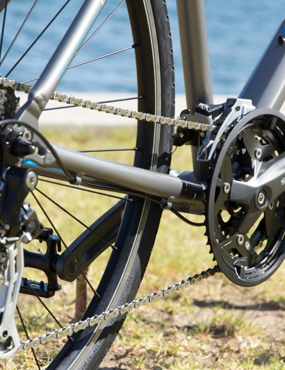 The Giant Escape 1 features a range of Altus, Acera and Alivio drivetrain pieces