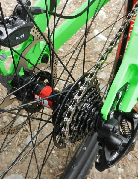 Key to the new SRAM X01 DH transmission is the optional seven-speed Mini Block X-Dome cassette