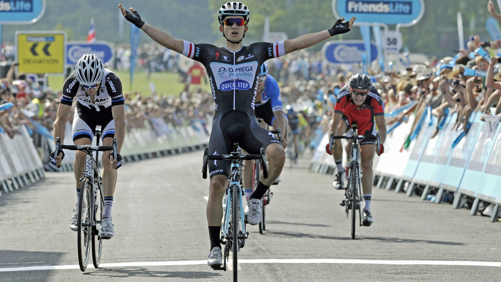Michal Kwiatkowski (Omega Pharma-QuickStep) moved into the overall lead with victory on stage 4