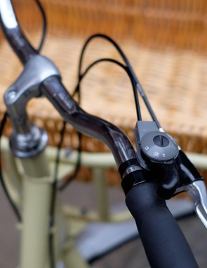 The three-speed Sturmey Archer gearing will have nobody confused
