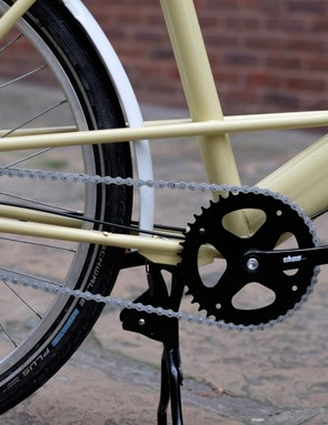 The Elephant bike is ready to stand on its own two feet at any time thanks to a rugged centre kickstand