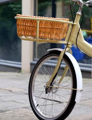 Each Elephant bike gets full-length aluminium mudguards