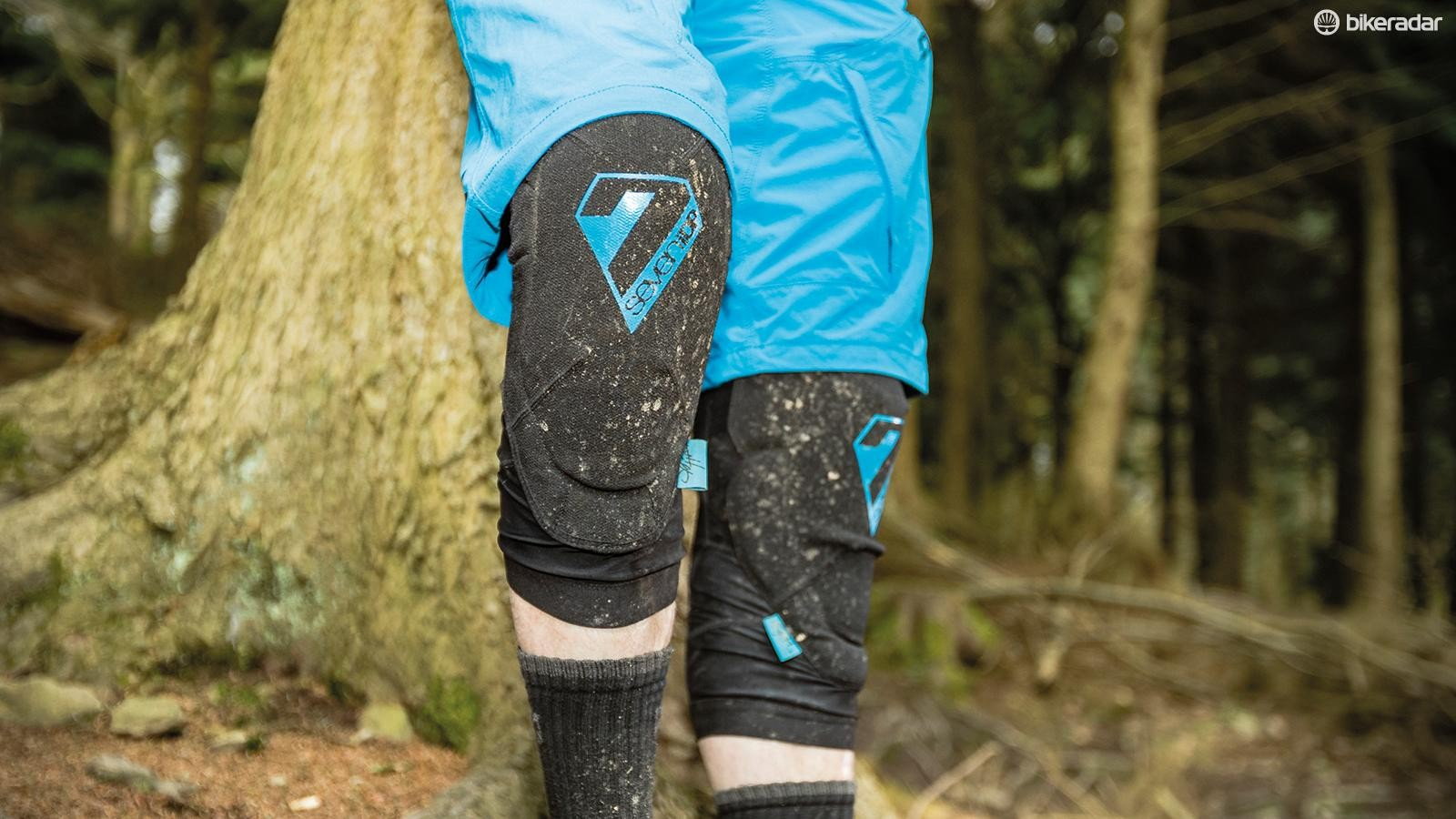 7iDP Sam Hill knee pads
