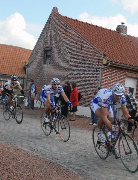Boonen and Devolder on the front