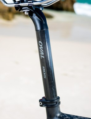 Oval Concepts 905 seatpost