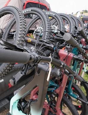 Yakima 6-bike tow bar mounted rack