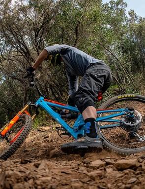 With a low bottom bracket and big bottom bracket drop, the bike corners like it is on rails