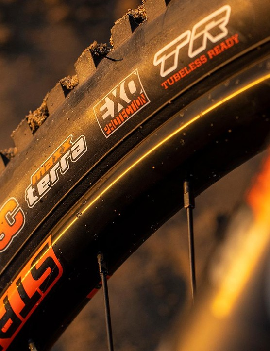 The Maxxis tyres offer plenty of grip