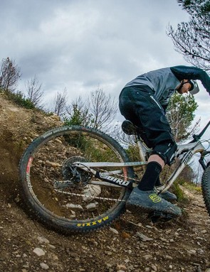 MBUK's Ed Thomsett drifts one of San Remo's many loose, dusty turns on the AM9