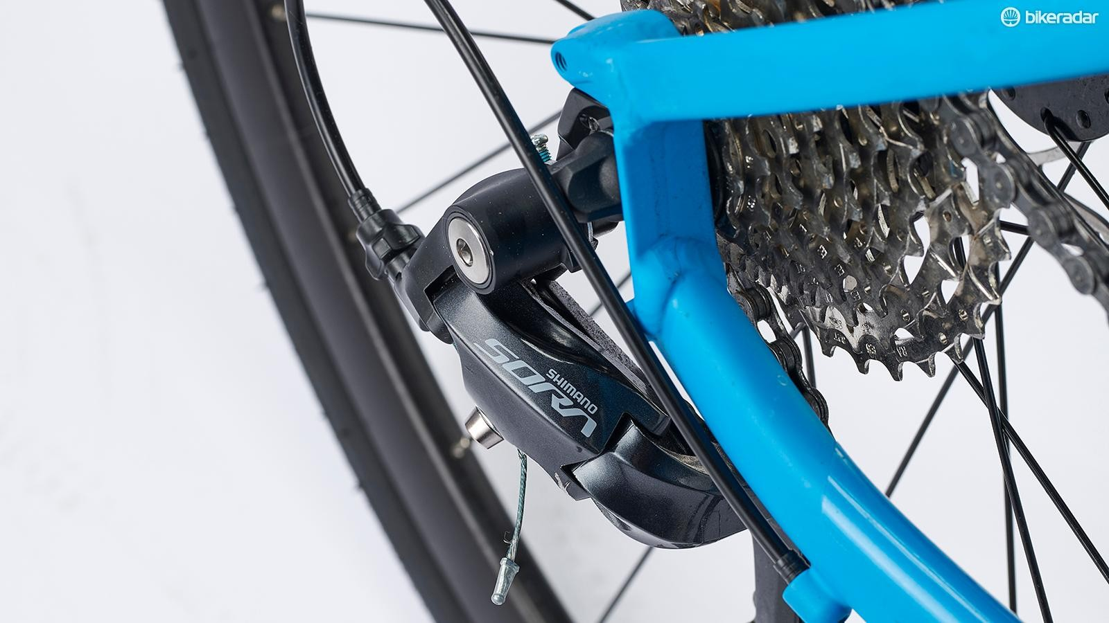 A Microshift cassette and Promax mechanical disc calipers are fitted