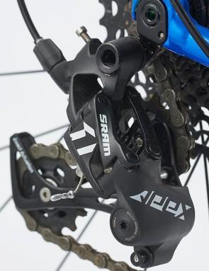 The SRAM Apex 1 hydraulic disc brakes
