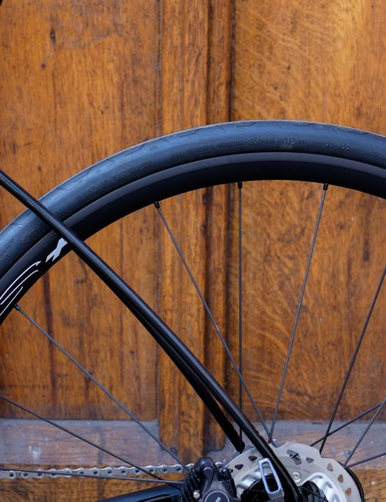 The plump 28mm Contis seemed a little puncture-prone during our Californian testing
