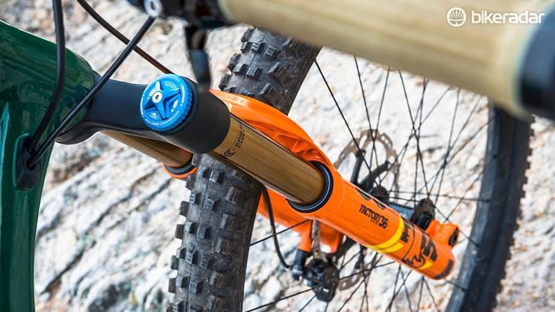 Our test bike had the RC2-damped Fox 36, however stock bikes will get the even better FIT GRIP2