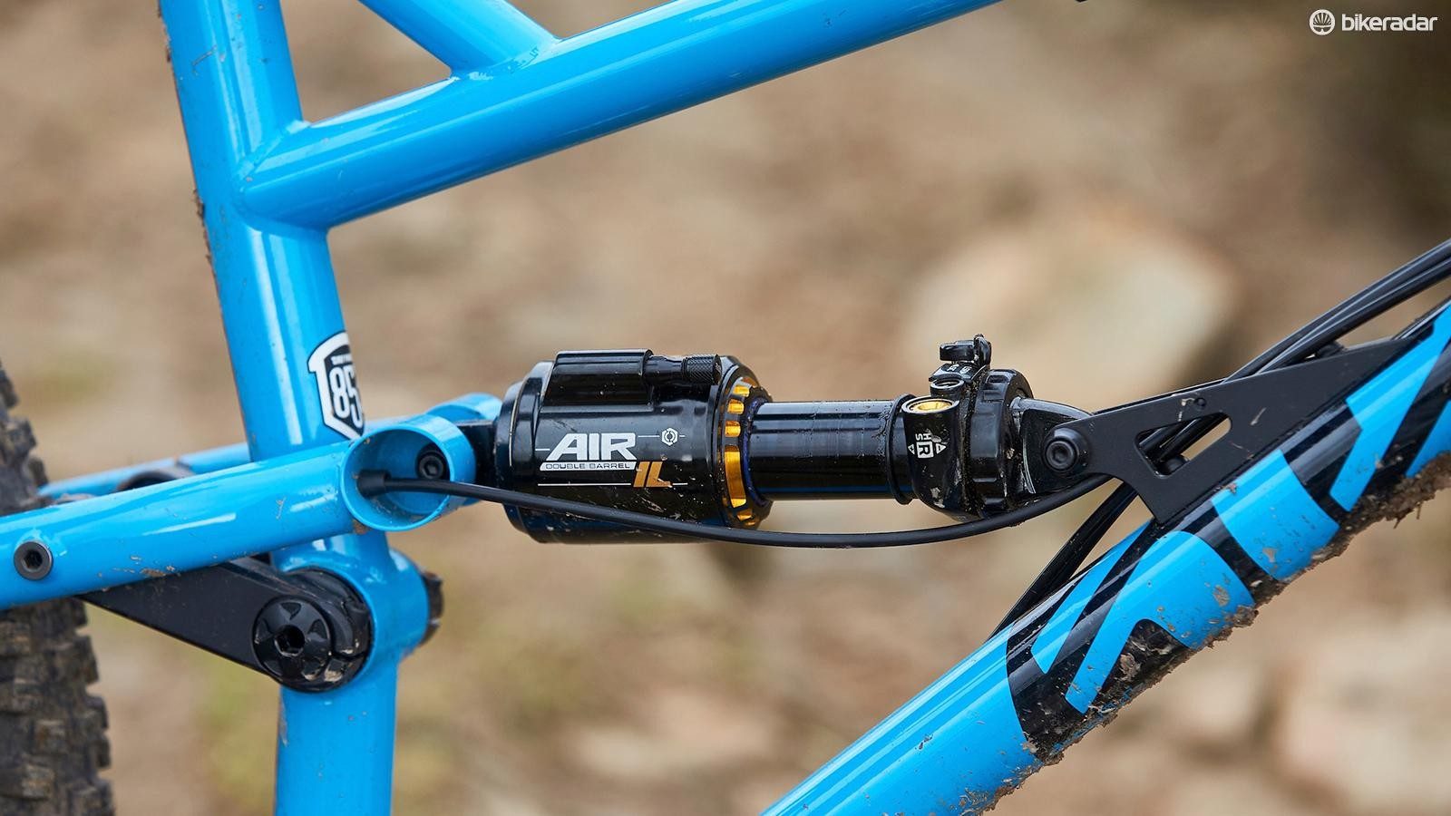 A Cane Creek DB Air Inline controls the rear suspension and has plenty of adjustment