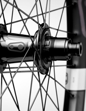 Crankbrothers Synthesis 11 Carbon wheels with Industry Nine Hydra hubs