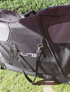 The Elite Borson bag is designed to store a bike of any size with only the wheels removed