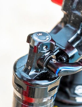 There's a lockout on the shock — handy as the SL AMR isn't the best climber out there