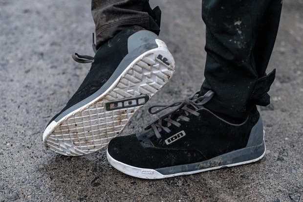 ION Raid II shoes