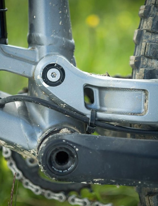 Hydroformed tubing, forged sections and internal routing are three characteristics of Marin's Series 4 aluminium frames