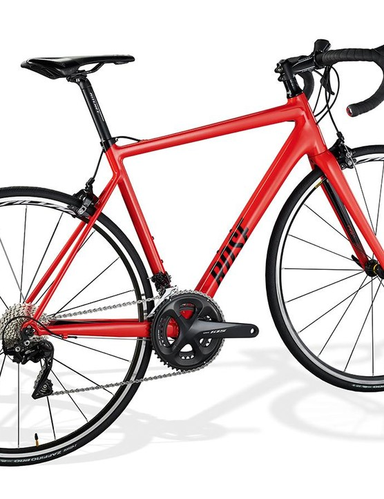 The frame, with a claimed weight of just 1,280g, is as light as you'll find at this price