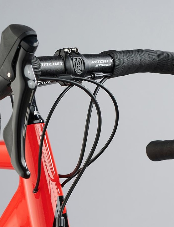 The Rose Pro SL comes with Ritchey's excellent Comp Road Streem II bar