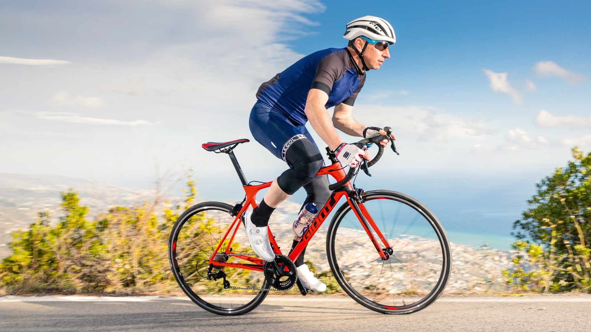 The Giant TCR Advanced 2 was crowned our 2018 road bike of the year