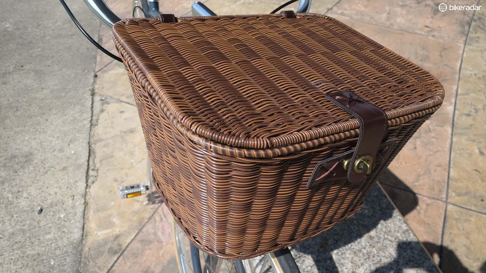 There are plenty of optional extras including this wicker and leather box for the front porter rack