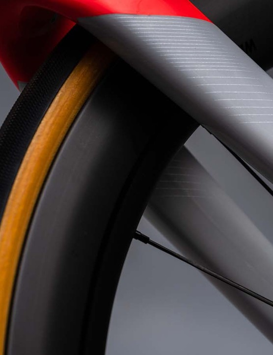 Specialized also provides its Roval carbon wheels and cotton cased Hell of the North Turbo tyres