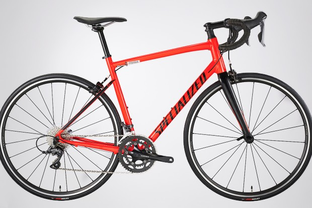 Specialized Allez 2019 model in red and black
