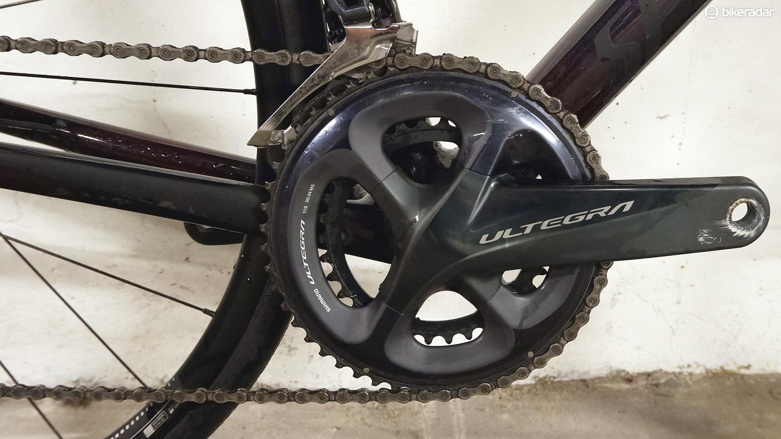 A full Ultegra groupset provides great-feeling and reliable shifting