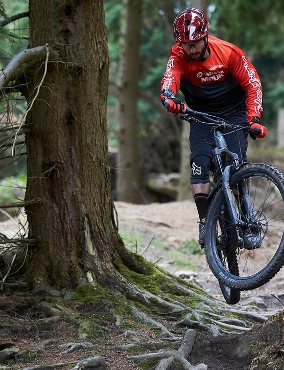Rob used the G2 brakes for nearly three months in predominantly wet conditions where they managed to hold up really well and delivered consistent control throughout