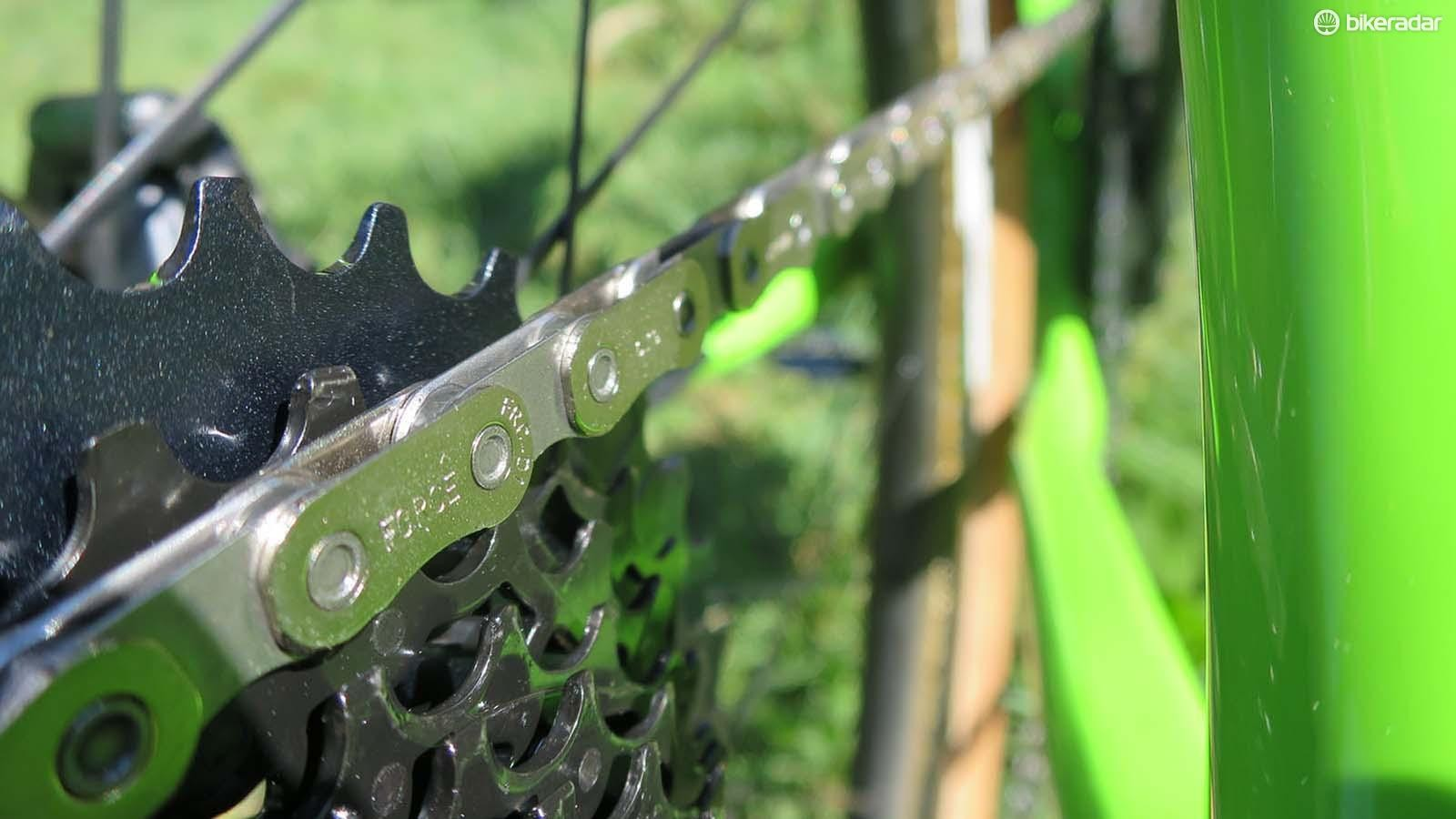The Force chain is the same flat-top design as on RED's 12-speed but a little more cost effective with its use of solid pins