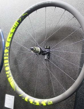 Token's new lightweight carbon gravel wheelset the RoubX