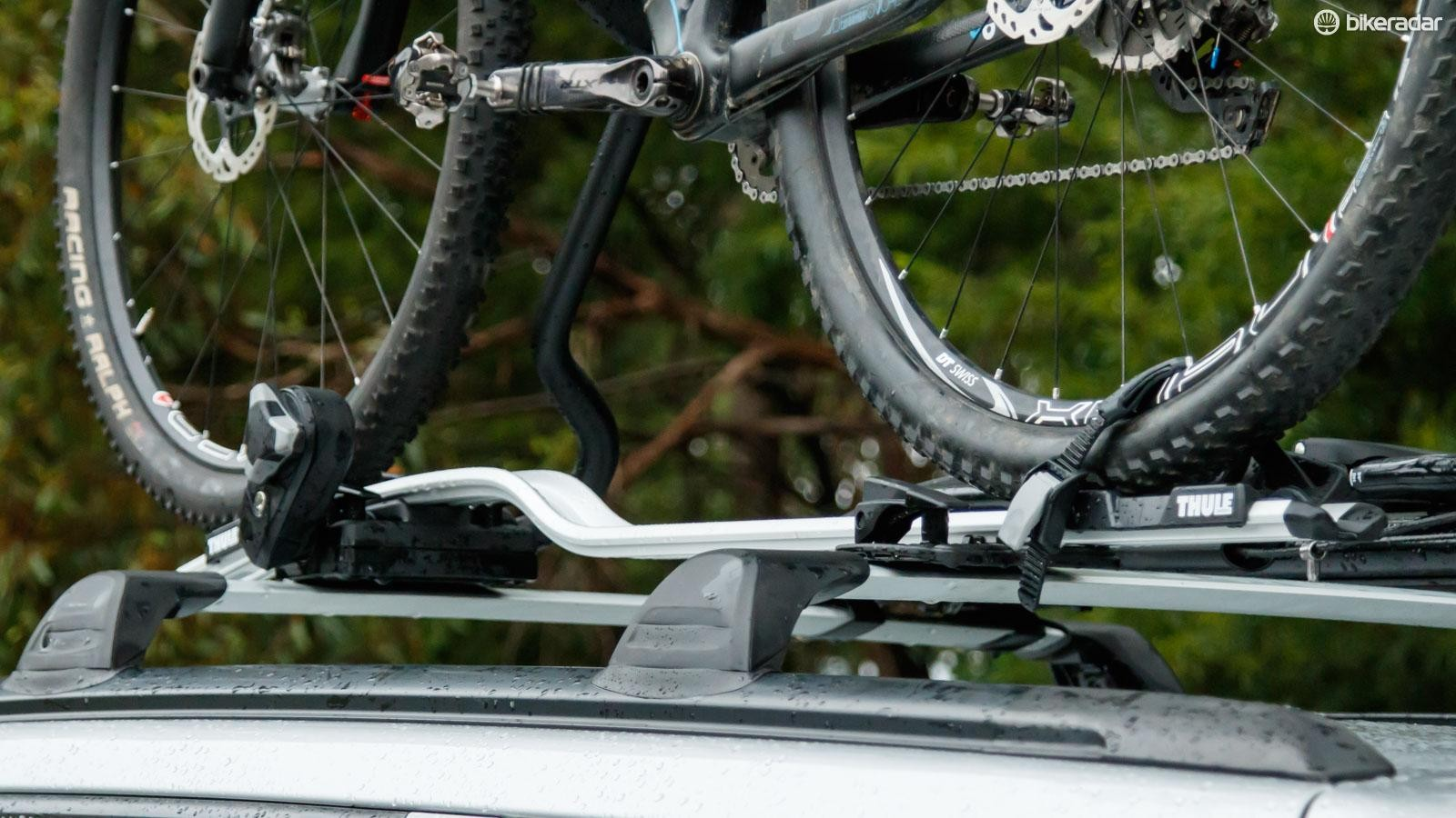 New for 2016, the Thule ProRide 598 is ready to become the next benchmark in upright roof racks