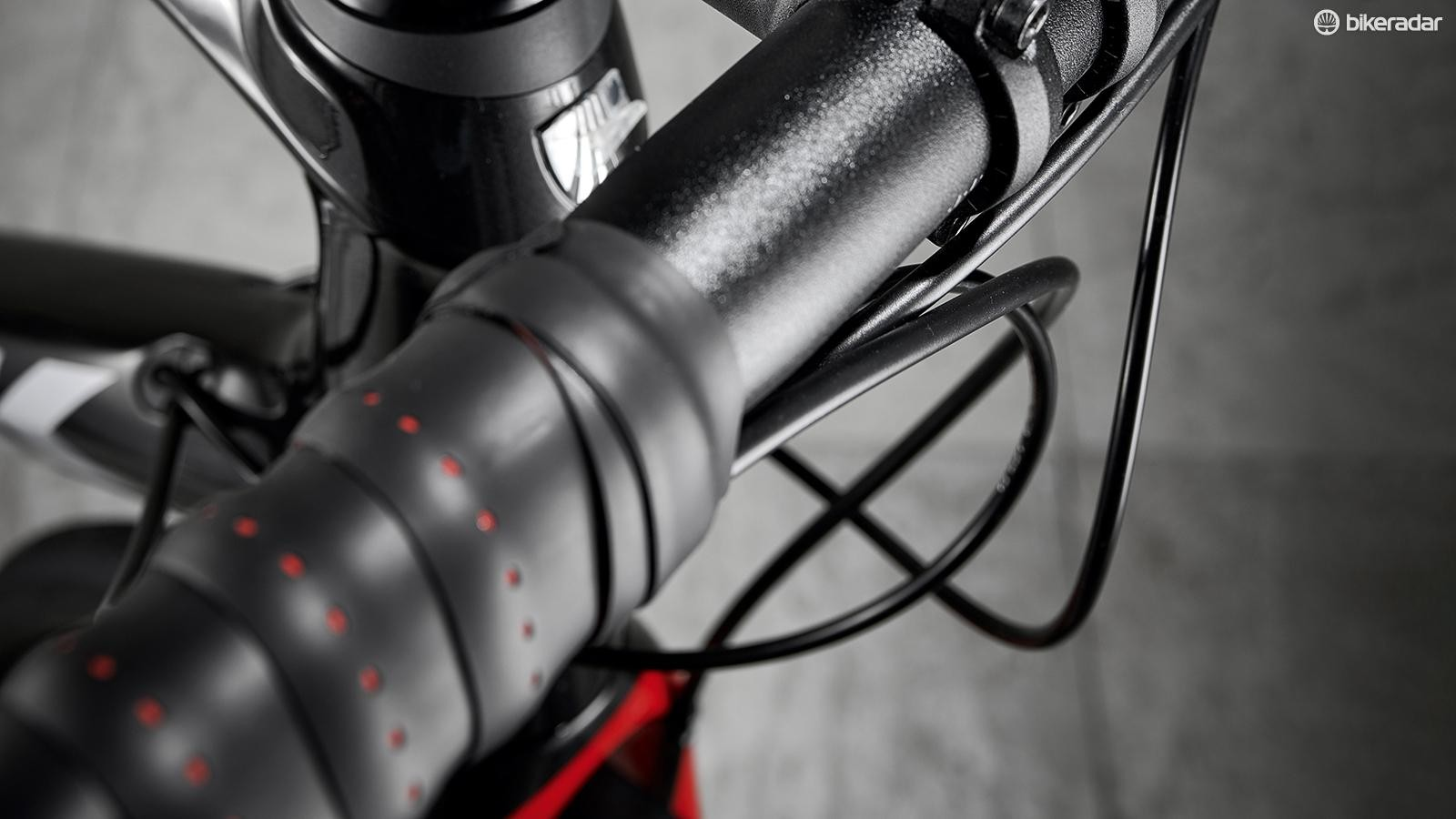 The Comp VR-C handlebar is thickly wrapped
