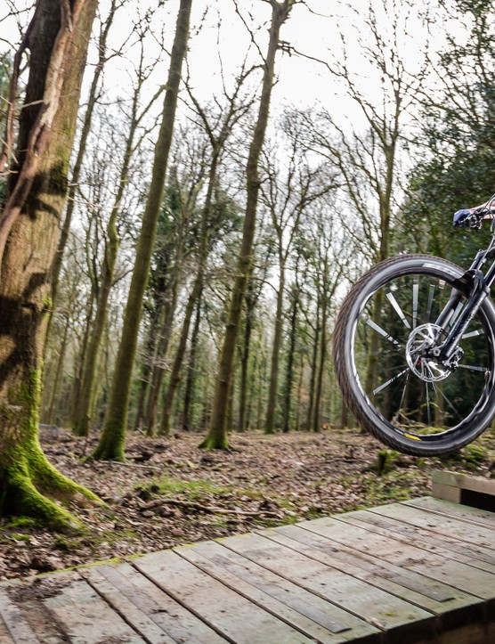 Whether you want to pop off drops, roll over roots, like smooth singletrack or rocky routes, we can help you find the right bike