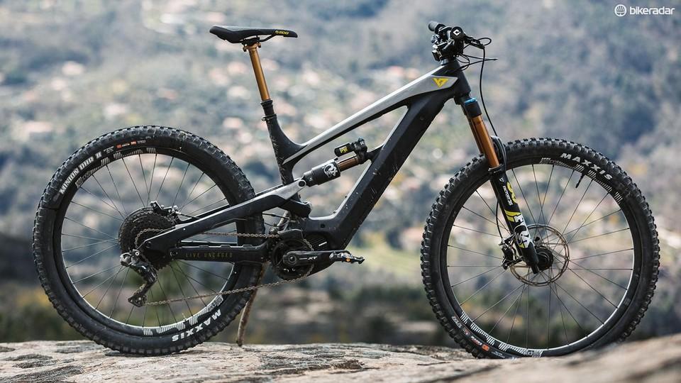 E Bike Reviews >> Yt Decoy 29 Cf Pro Race E Mtb First Ride Review Bikeradar