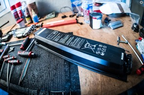 YT's custom 540Wh battery that bolts into the Decoy's down tube with just two screws