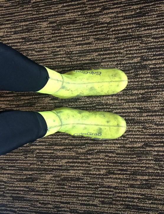 Grip Grab neon overshoes