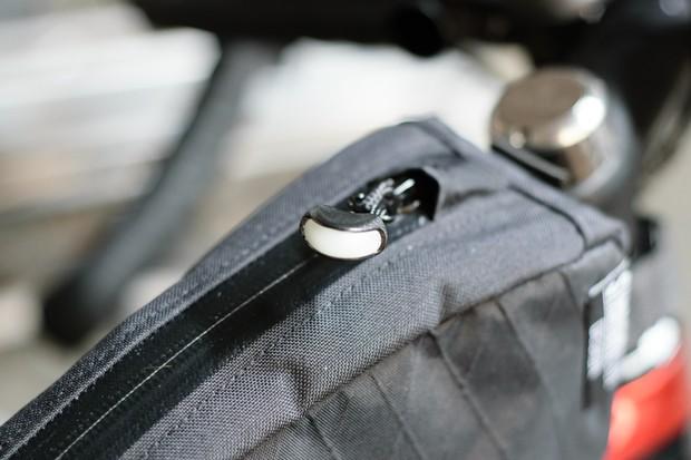 Glow-in-the-dark zipper on Straight Cut Design top-tube bag